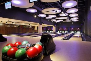 All Star Lanes Bowling KidRated family activities kids reviews Top 10 Things To Do In London On A Rainy Day Kidrated