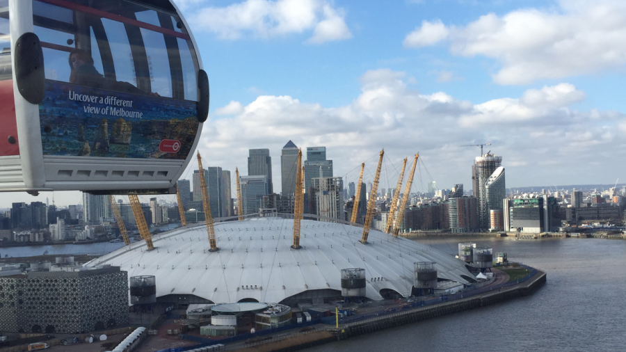 Greenwich Emirates air line