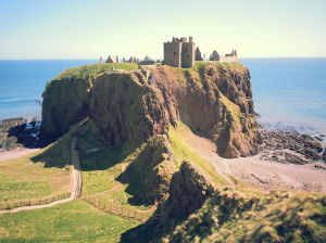 Dunnottar Castle Scotland Kidrated 10 Family Days At Britains Castles
