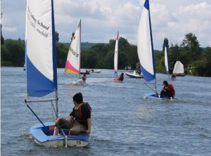 dinghy sailing Top 10 Things To Do On The River Thames Kidrated