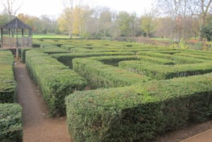 Brent Lodge Park Millennium Maze Kidrated 100 quirky things to do in london