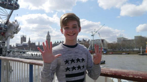 boy reviews london by london eye, river thames and big ben k-rate and win k-rating
