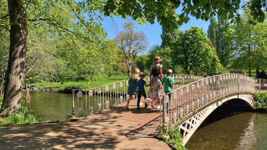 Family days out, attractions and things to do in London and beyond for kids, older kids and teenagers rated by kids and teens with KidRated